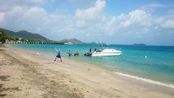 Dive with Deefer Diving Carriacou: Dive Boat Jacquito